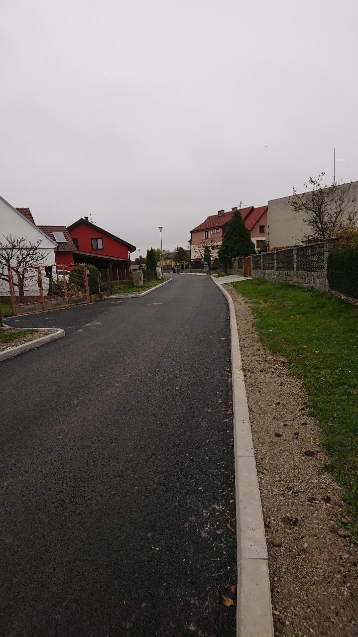 """Oprava místní komunikace v místní části Dubné – Lokalita 2, úsek""""B"""""""